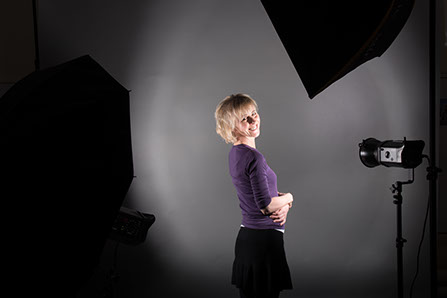 Affordable Studio Photography, Products, Family Portraits, Portraits in a fully equipped photographic studio.